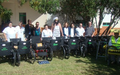 Cath's Charity Walkers Donate 26 Wheelchairs To Portimao Hospital